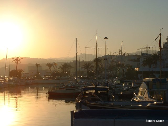 the heatwave continues...the port at Moraira, Spain.