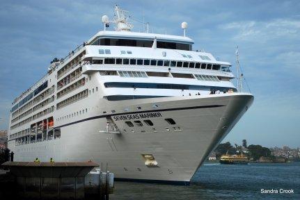 Cruiseship entering Sydney Harbour