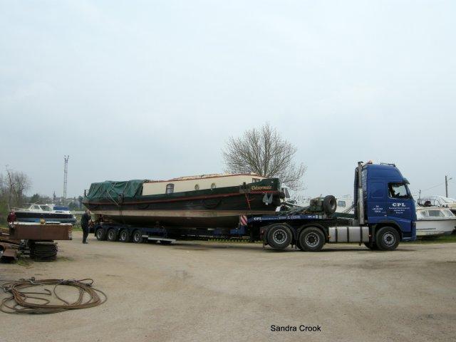 Desormais arrives at Joe Parfitt's boatyard at Laroche-Migennes on the river Yonne in France.
