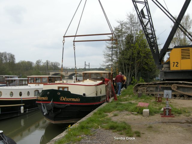 In she goes.  Ready now to start her journey, this time by water, to the Canal du Midi.  The adventure is just beginning.
