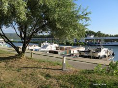 Moorings at Viviers, hotel boats in the background