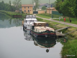 Mooring below No 1 lock